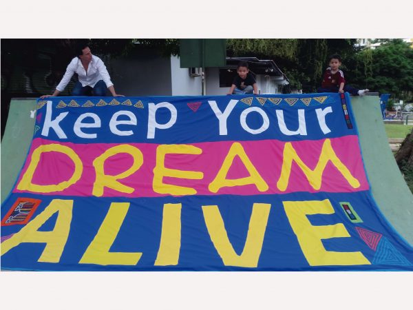 Keep your dream alive Inspirational handmade macro-mola for sale at turbomind.com wassap 507-62463797