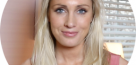 CarrieProfilePic-286x300